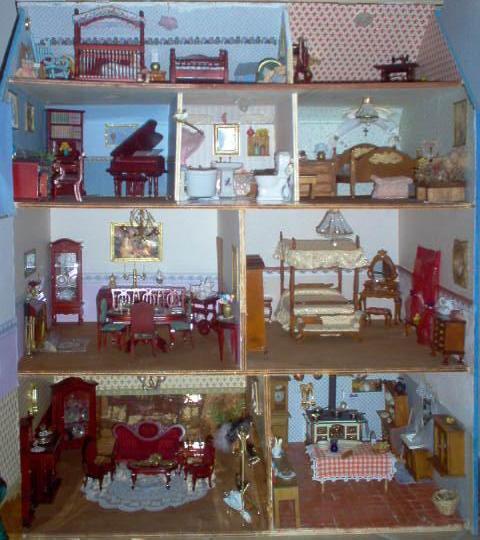 Case in miniatura la mia casa delle bambole vittoriana for Piano casa delle bambole vittoriana